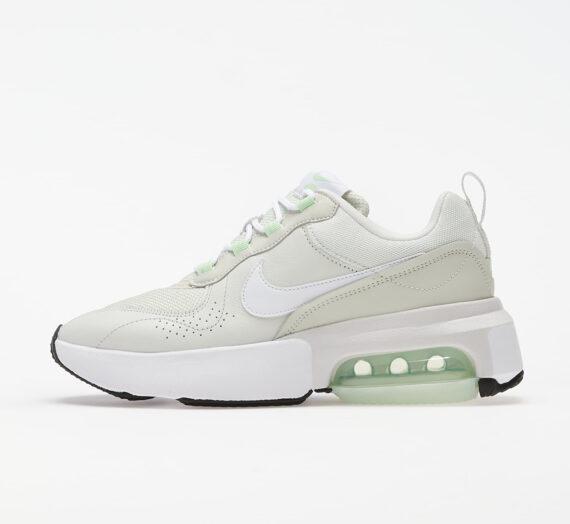 Дамски кецове и обувки Nike W Air Max Verona Spruce Aura/ White-Platinum Tint 49792_8_5