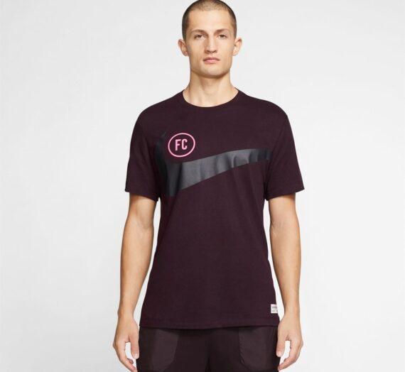 Мъже  Мъжко облекло  Блузи & Блузи с яка  С къси ръкави Nike FC Swoosh T-Shirt 1032108-6266554