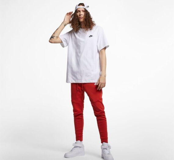 Мъже  Мъжко облекло  Блузи & Блузи с яка  С къси ръкави Nike Sportswear Club Men's T-Shirt 728377-4355563
