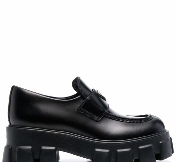 Monolith Leather Chunky Loafers дамски обувки Prada 889356329_39