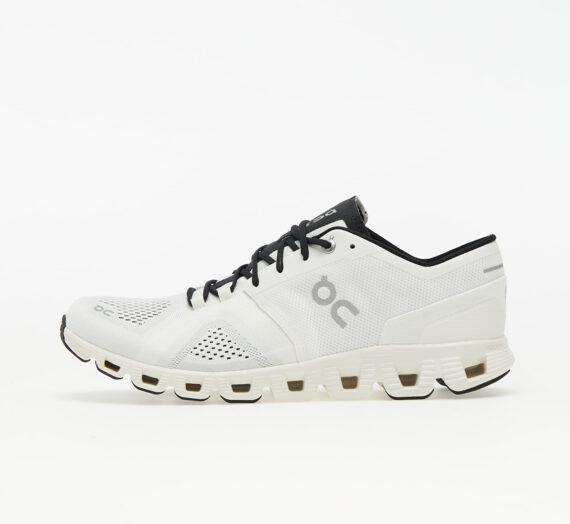 Мъжки кецове и обувки ON Running Cloud X White/ Black 897397